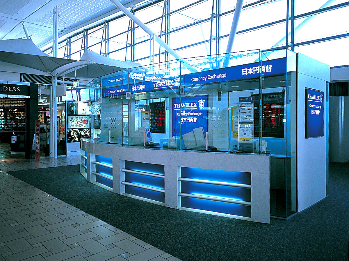 Travelex Retail Kiosk Design